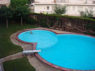 3 bedroom Apartment with Deck in Coma Ruga - Coma Ruga vacation rentals