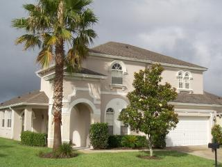 SPECTACULAR LARGE EXECUTIVE VILLA WITH POOL - Davenport vacation rentals