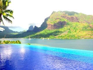 White Villa - MOOREA - pool & beautiful bay view - Moorea vacation rentals