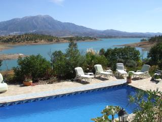 Perfect Villa with Internet Access and A/C - Los Romanes vacation rentals