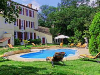 Bright 9 bedroom Labastide-d'Anjou Chateau with Internet Access - Labastide-d'Anjou vacation rentals