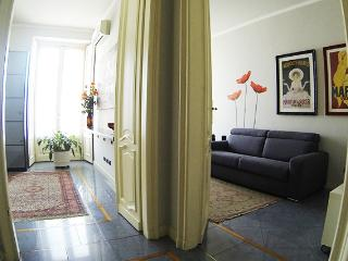 Bright 2 bedroom Condo in Turin with Internet Access - Turin vacation rentals