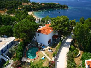 Bright 5 bedroom Kolios Villa with Internet Access - Kolios vacation rentals