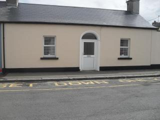 Charming traditional cottage in Skerries, Dublin. - Sligo vacation rentals