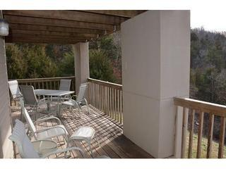 Deck - Relaxing Condo next to Silver Dollar City on Table Rock Lake with Indoor pool - Branson - rentals