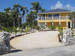 TROPICAL RUNaWAY - Cayman Brac vacation rentals