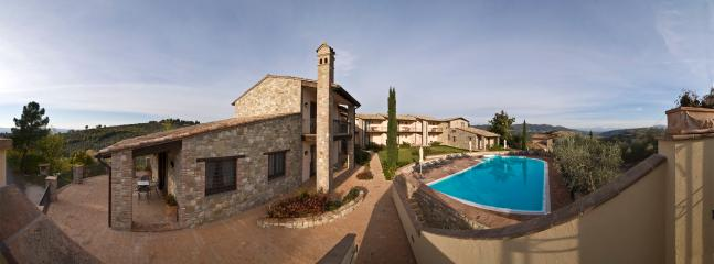Canalicchio Country apartments - Collepepe vacation rentals