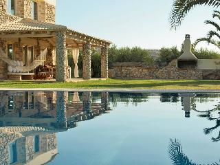 Villa Armonia:Luxurious,Spacious Villa,Heated Pool - Crete vacation rentals