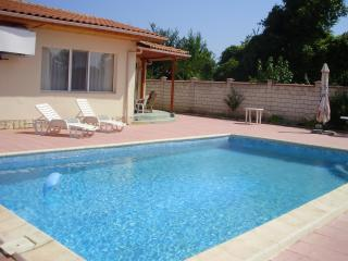 1 bedroom House with Garden in Kranevo - Kranevo vacation rentals