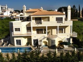 Villa Encosta Do Sol - Albufeira vacation rentals