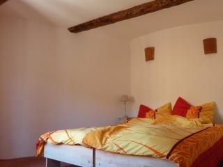3 bedroom Townhouse with Internet Access in Saint-Chinian - Saint-Chinian vacation rentals