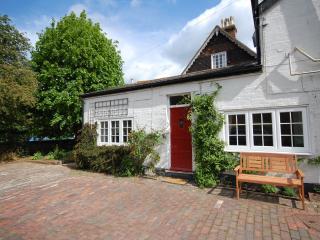 Moleside Cottage (8 mins to mainline station) - Marden vacation rentals