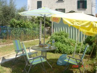Casa vacanze a Lago Trasimeno 50euro appartamento - Passignano Sul Trasimeno vacation rentals
