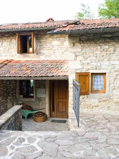 Cozy 3 bedroom Castel San Niccolo Villa with DVD Player - Castel San Niccolo vacation rentals