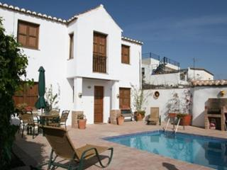 2 bedroom Villa with Internet Access in Pinos del Valle - Pinos del Valle vacation rentals