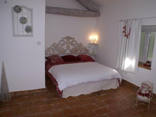 Nice Gite with Internet Access and Central Heating - Le Poujol-sur-Orb vacation rentals