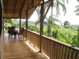 2 bedroom Cabin with Shared Outdoor Pool in Pavones - Pavones vacation rentals