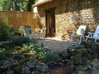 La Petite Maison a Vergt,  cottage/barn conversion - Vergt vacation rentals