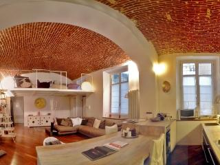 Torino Loft prestigioso - Turin vacation rentals