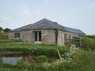 Barafundle Barns, Greenala & Potato Barn. - Stackpole vacation rentals