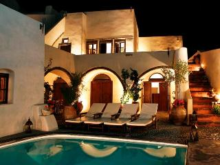 Mansion 1878 - Traditional villa in Santorini - Santorini vacation rentals