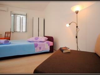Private room with Wi-fi in centre of Vis town - Vis vacation rentals