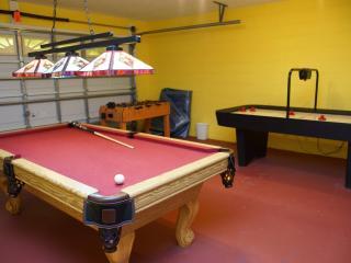 Waterfront/Gameroom - 3BR w SF Pool, WiFi - Disney - Orlando vacation rentals