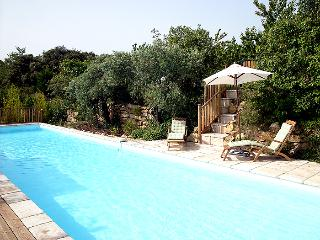 Bright Gite with Internet Access and Central Heating - Bedoin vacation rentals