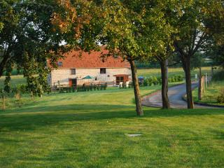 The Barn, Les Basses Beaulinges - Ducey vacation rentals