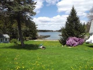 MOLLY'S CAPE | SOUTHPORT ISLAND | OCEAN VIEWS | SHARED BEACH | SWIM FLOAT | GREAT FOR KAYAKERS | FAMILY GETAWAY - Boothbay vacation rentals