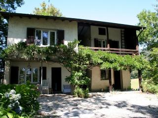 Nice Chalet with Internet Access and Satellite Or Cable TV - Astano vacation rentals