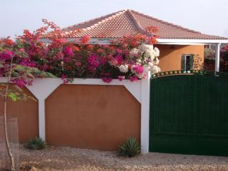 VILLA ROSEAU - Mbour vacation rentals