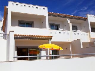 Albufeira Mar 1 Townhouse - Albufeira vacation rentals