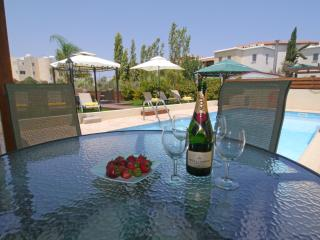 Villa Elena - Central Pernera - Protaras vacation rentals