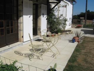 Holidays La Vacherie - Civray vacation rentals