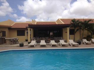 San Miquel Villa sleeps up to 16 people - Aruba vacation rentals