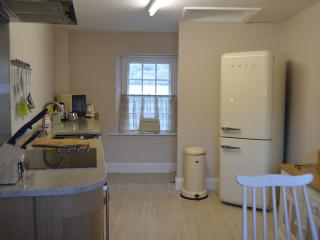 Lovely Condo with Internet Access and Blender - Bath vacation rentals