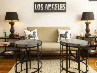 Walk to the Grove & Melrose, Your Pied-à-Terre. - Los Angeles vacation rentals