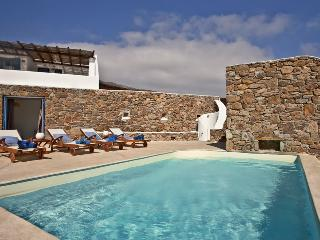Delightful Pool Villa - Family friendly with pool - Panormos vacation rentals