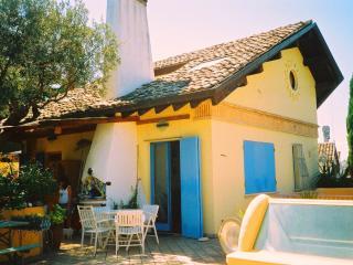 Camere in villa con vista MARE - Pescara vacation rentals