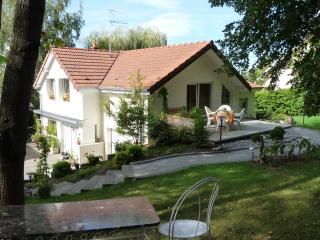 Romantic 1 bedroom Heidwiller Gite with Internet Access - Heidwiller vacation rentals