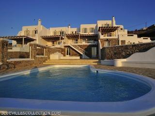 Thalia - Stylish villa in Mykonos, Ornos beach - Ornos vacation rentals