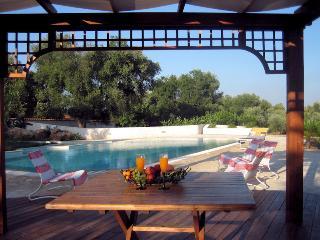 Tenuta Colombo - Villa Silvia - Ostuni vacation rentals