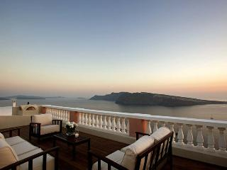 Blue Villas| Oia |High end luxury in Santorini - Oia vacation rentals