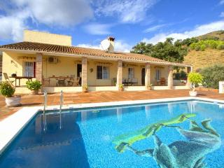 Perfect Finca with Internet Access and A/C - Monda vacation rentals