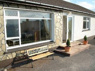 Comfortable 3 bedroom Rossnowlagh House with Internet Access - Rossnowlagh vacation rentals