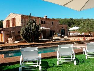 VILLA IN PORTOL. MALLORCA. R. 00011 - Palma de Mallorca vacation rentals