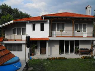 Nice 4 bedroom Villa in Troyan with Internet Access - Troyan vacation rentals