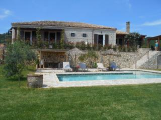 Villa FIORETTA - Roda vacation rentals