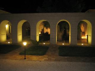 Spacious 8 bedroom Villa in Fasano - Fasano vacation rentals